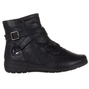 Easy Street Questa Ankle Boots